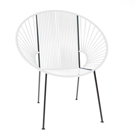 Concha Chair   White Weave On Black Frame