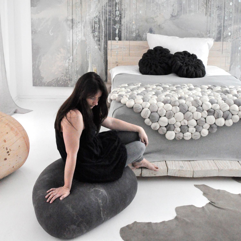 Captivating Rock Cushion