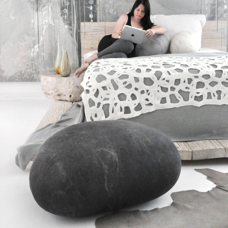 Rock Cushion
