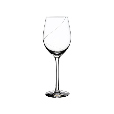Line Wine Glass