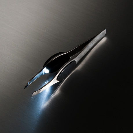 LED Lighted Tweezer Basic // Black