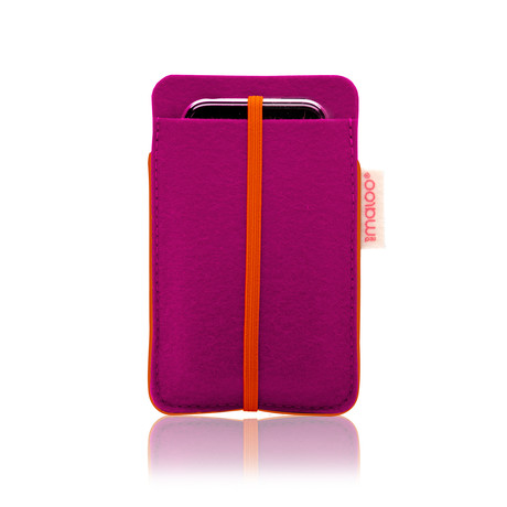 iPhone 5 Sleeve // Magenta