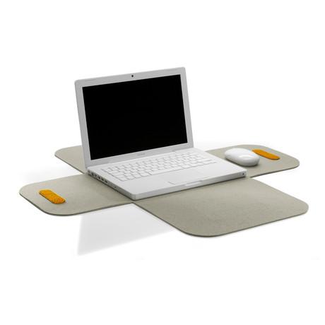 """Macbook Pro 15"""" Sleeve // Grey"""