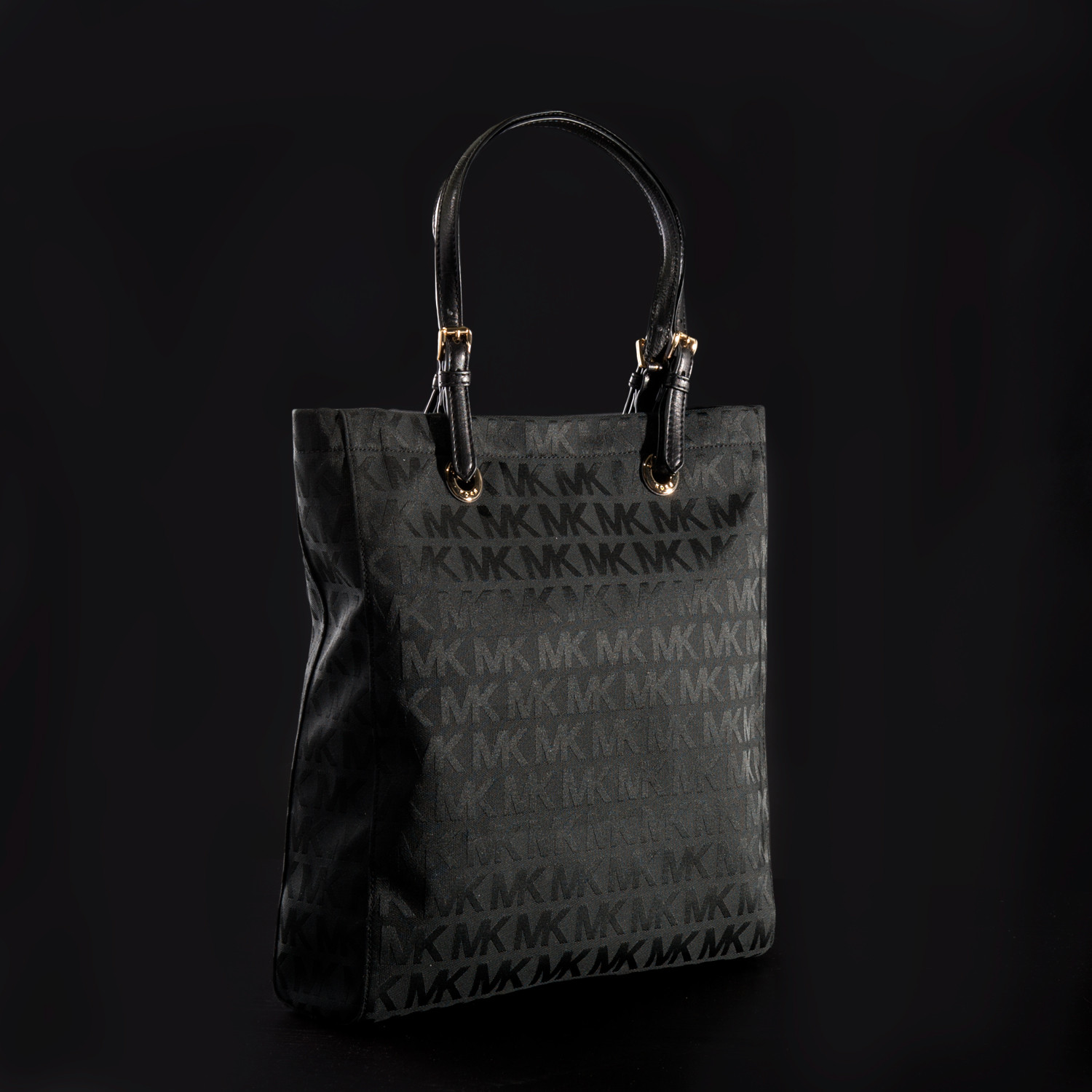 82440d96be ... Signature Jacquard Jet Set Tote Black Michael Kors Jet Set North South  Tote in Beige