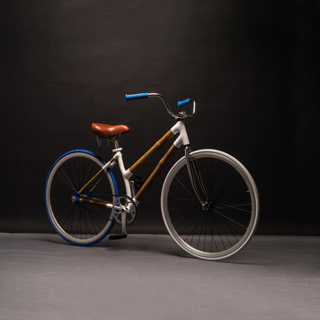 UC-Urban Cruiser // Blue