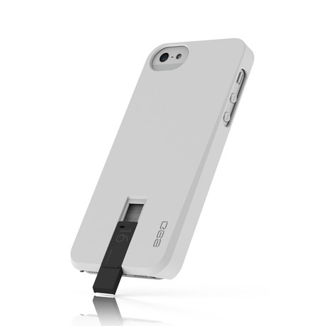Hybrid USB Case for iPhone 5 // White & Black