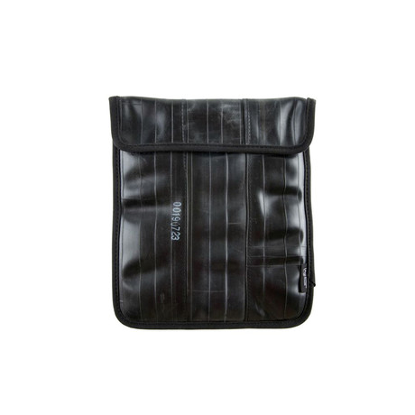 "Eastlake Sleeve // 10"" for iPad (Black Piping)"