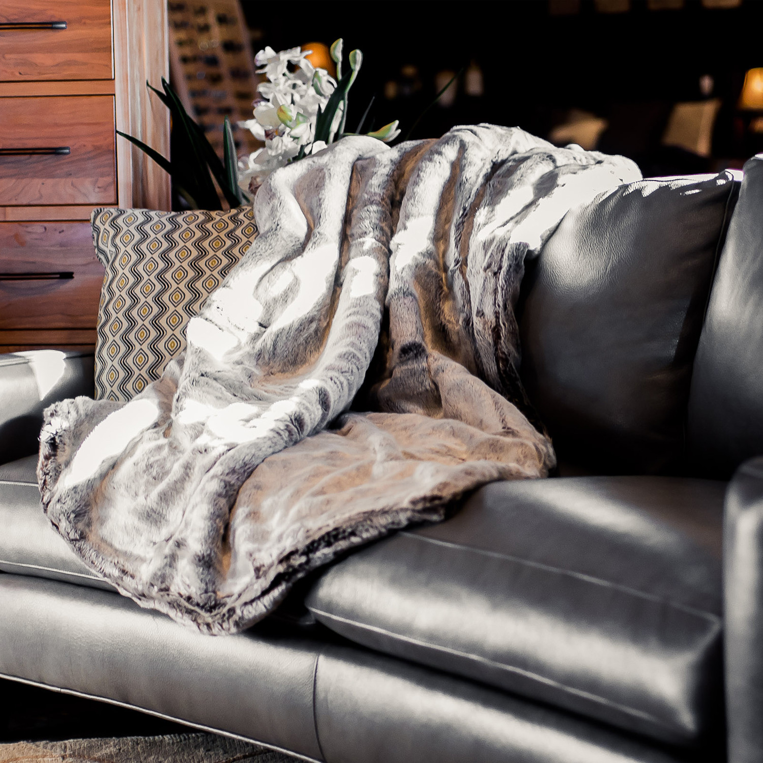 fur couch blanket mongolian sofa your fake throw faux tips for throws and lamb ivory decor chinchilla blankets ideas best