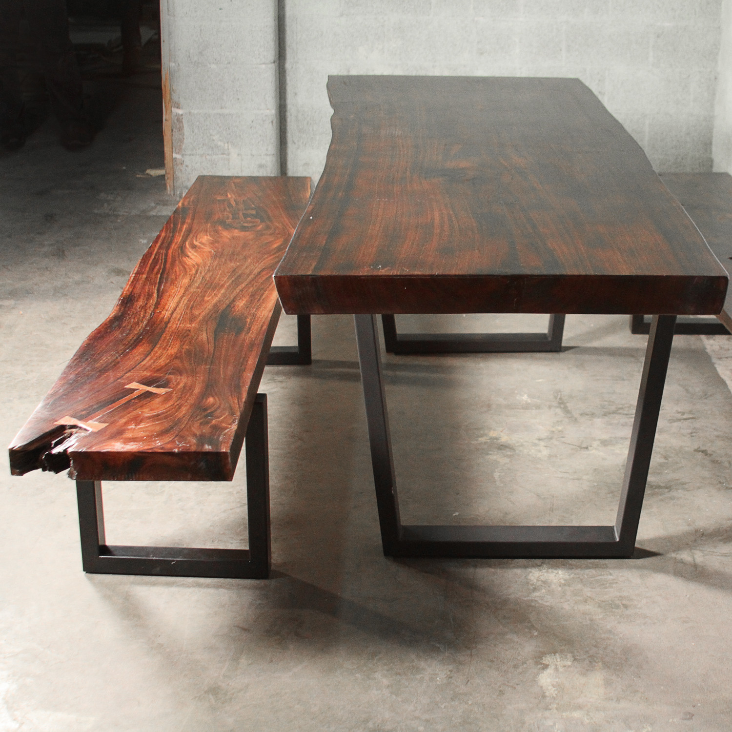 Burned Top Alkasas Set 1 Dining Table Amp 2 Benches