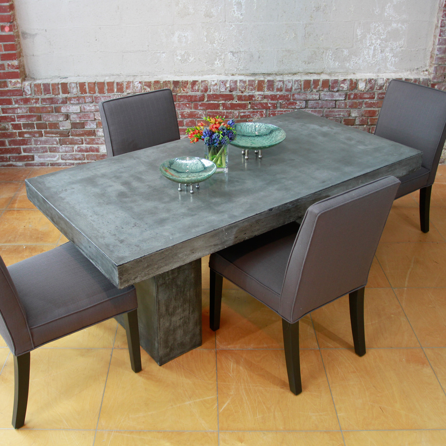 Elcor dining table 6 foot model mixx by urbia touch for Table 6 feet