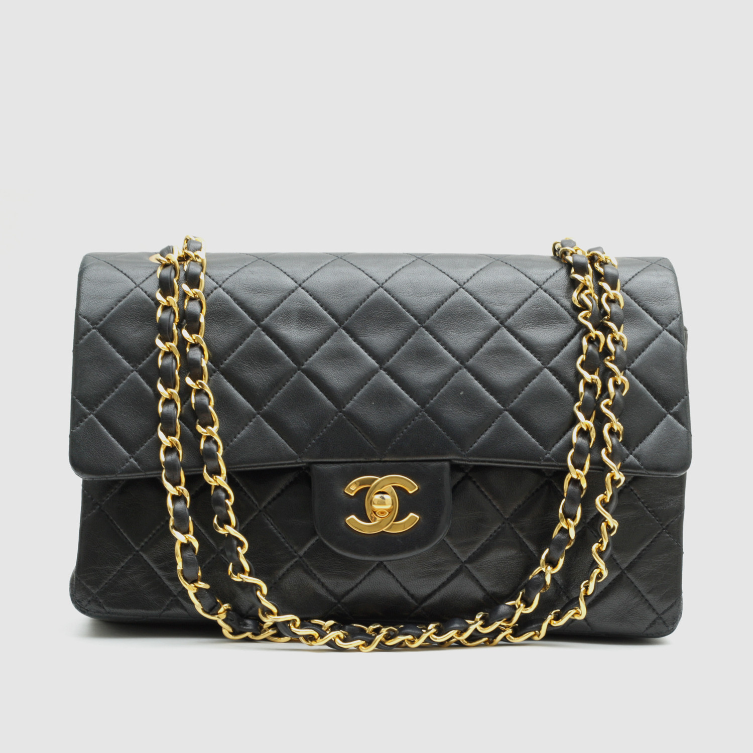 4069bde78570 Vintage Chanel Small Flap Bag    Black Quilted Lambskin    CHAN21 ...