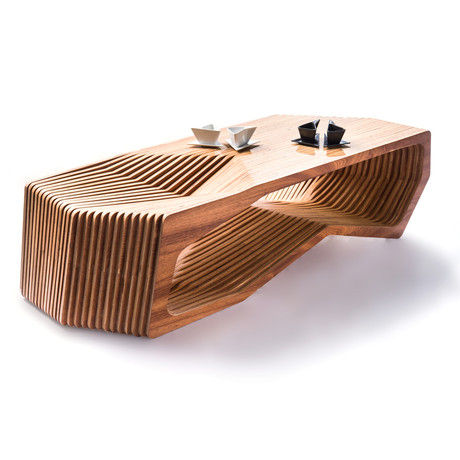 Constructo digital wood furniture from the future for Bancas para jardin de madera