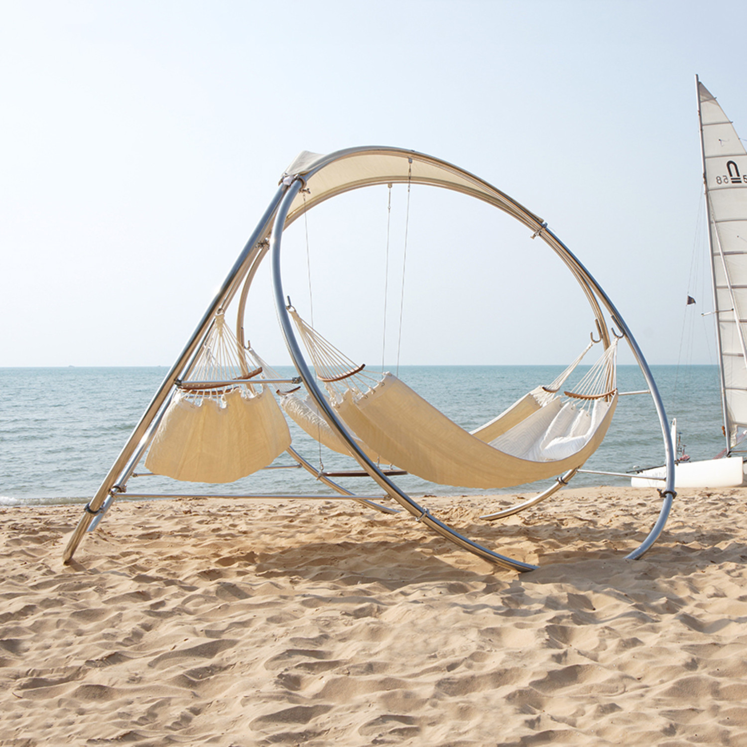 trinity hammocks  relaxing outdoor architecture  touch of modern - infinity hammock  quilted