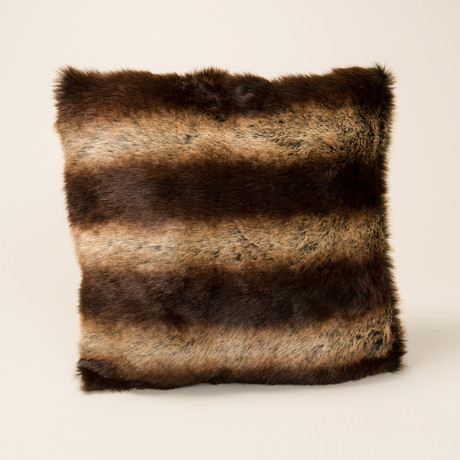 Chinchilla Luxe Pillow // Chestnut