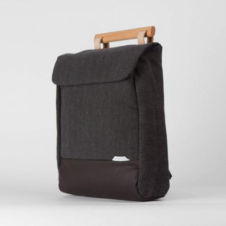 R Bag 220 // Wax Chambray (Black)