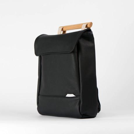 R Bag 221 // Shrunken (Black)