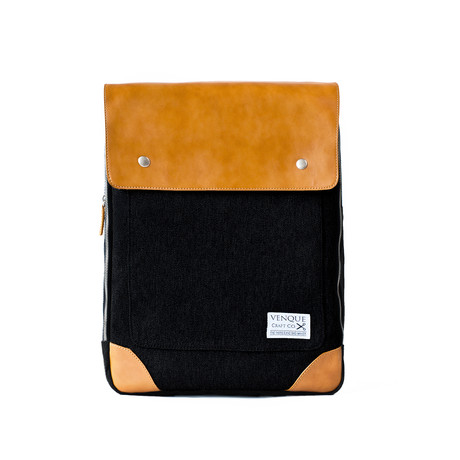 Flatsquare Backpack // Black