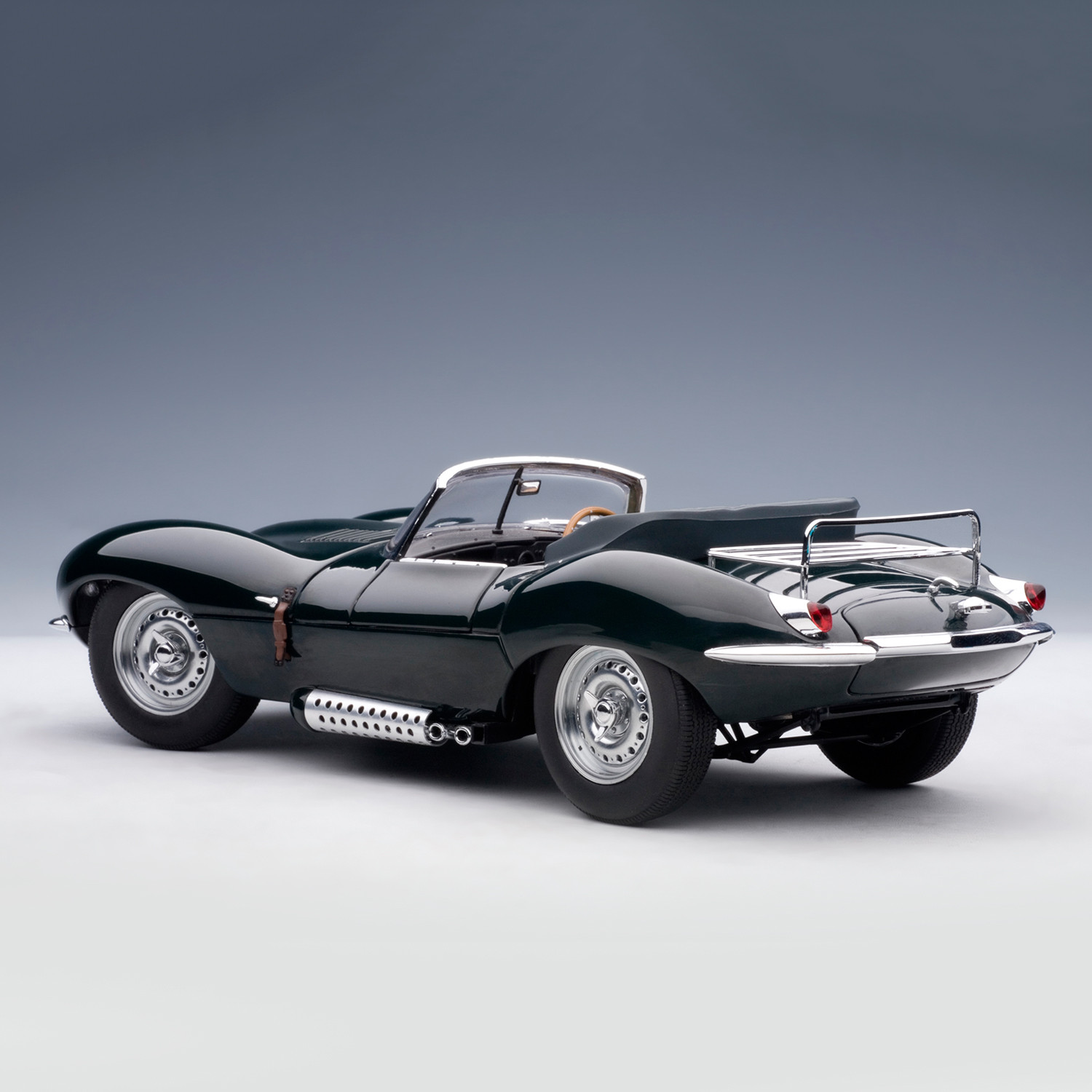 jaguar xk ss 1956 steve mcqueen private collection autoart touch of modern. Black Bedroom Furniture Sets. Home Design Ideas
