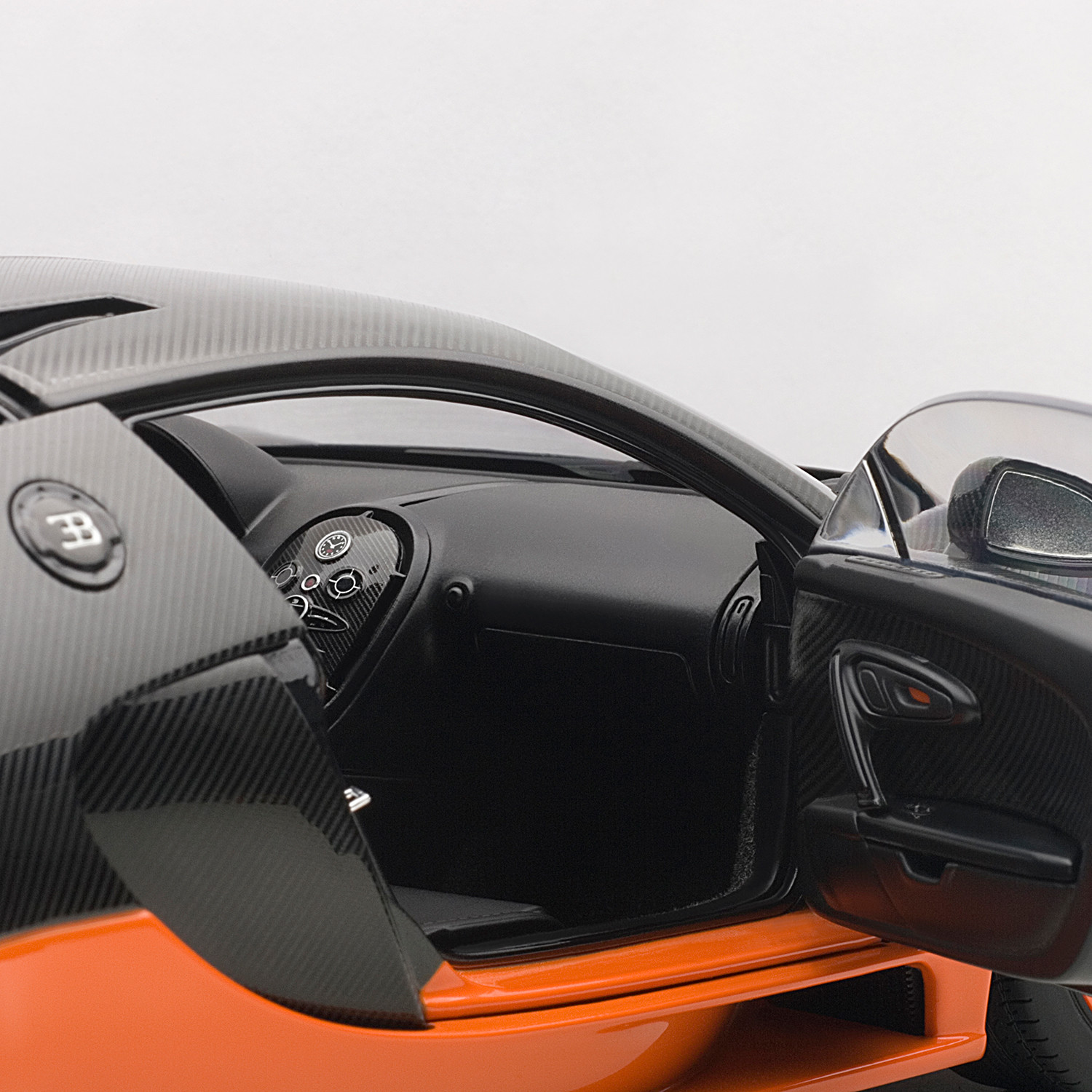 Bugatti Veyron Super Sport Black Orange: Bugatti Veyron Super Sport (Black & Orange)