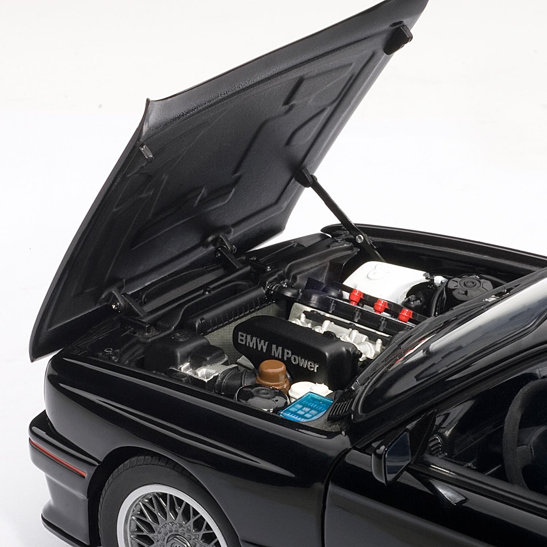 BMW E30 M3 Sport Evolution (Black)