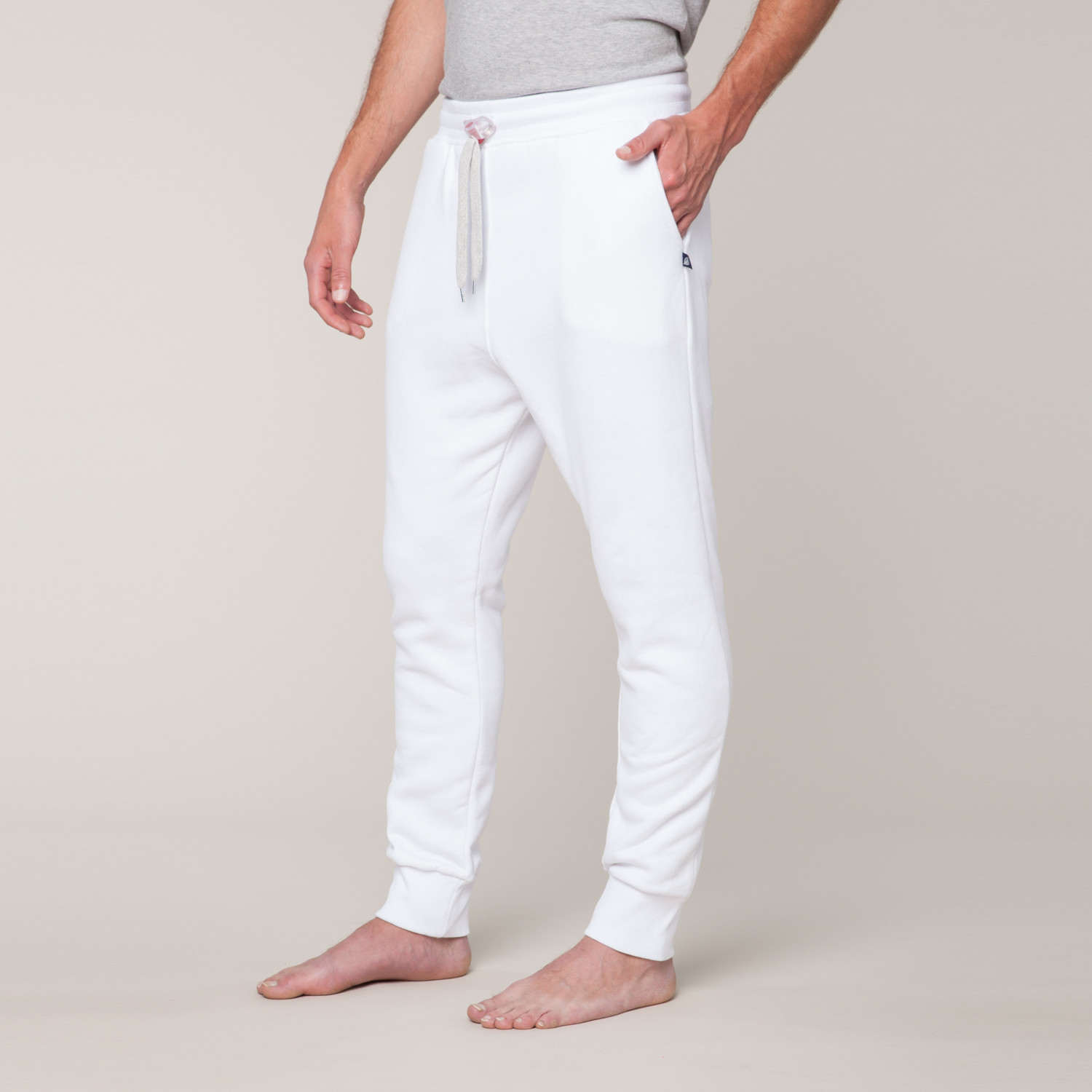 Sweatpants are a casual variety of soft trousers intended for comfort or athletic purposes, although they are now worn in many different situations. In the United Kingdom, Australia, New Zealand, and South Africa they are known as tracksuit bottoms or jogging distrib-u5b2od.ga Australia, they are also commonly known as trackpants, trackies or tracky daks.
