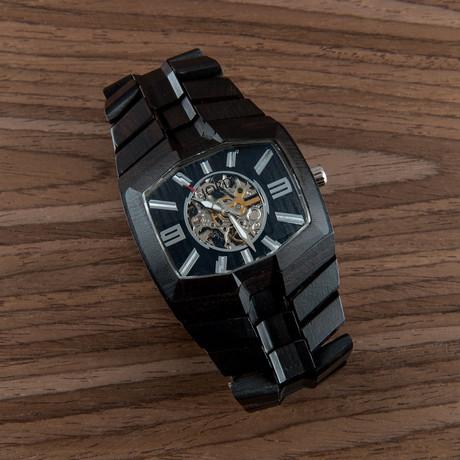 746 Series // Black