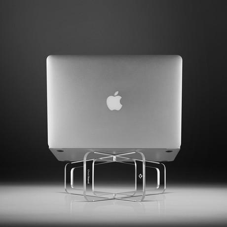 GhostStand // MacBook