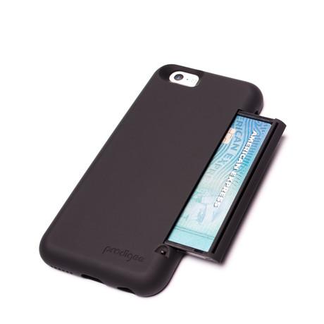 Undercover // iPhone 6 // Black