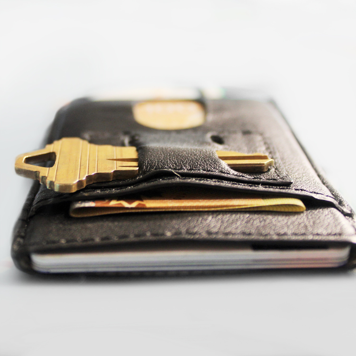 Touch Of Modern: Nimble Wallet (Black)