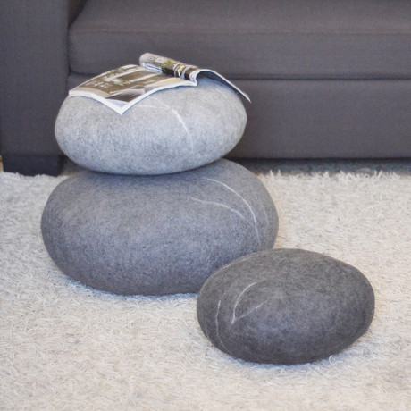 Floor Pillows Stones : VladaHom - Felt