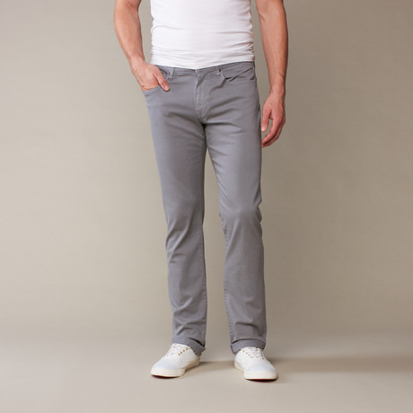 Joe's Jeans // Brixton 7,5 Oz Stretch // Stoep