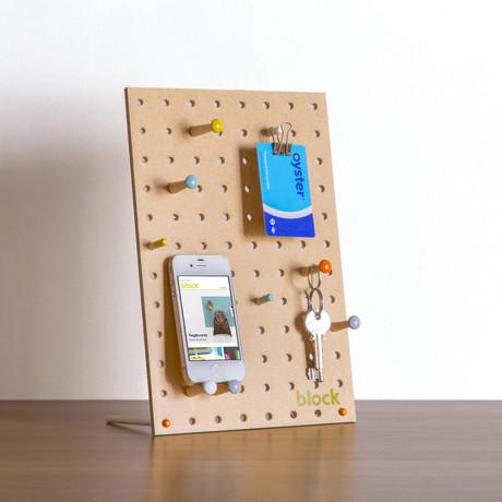 """Peg Board // Natural (Mini // 7.8""""L x 11.8""""W)"""