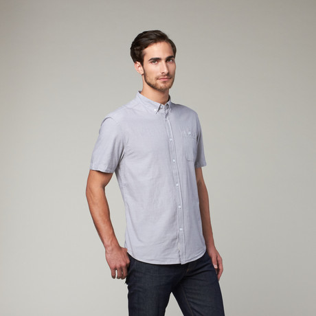 Artistry in Motion // Classic Solid Button Up // Alloy