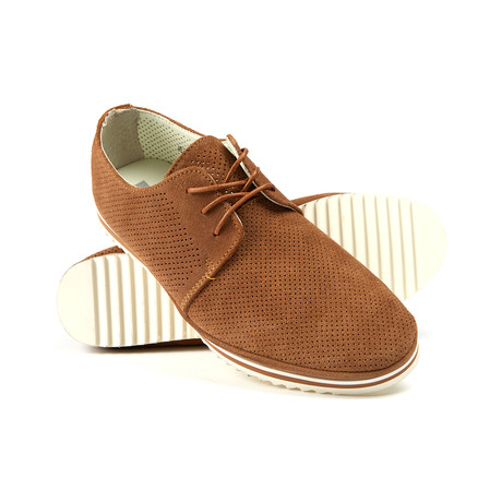 Relax Perforated Lace-Up Suede // Camel
