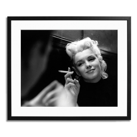 """Marilyn Relaxes in a Restaurant (12"""" x 16"""")"""