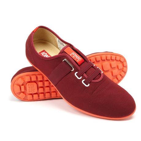 Peaton Sneaker // Maroon (US: 7)