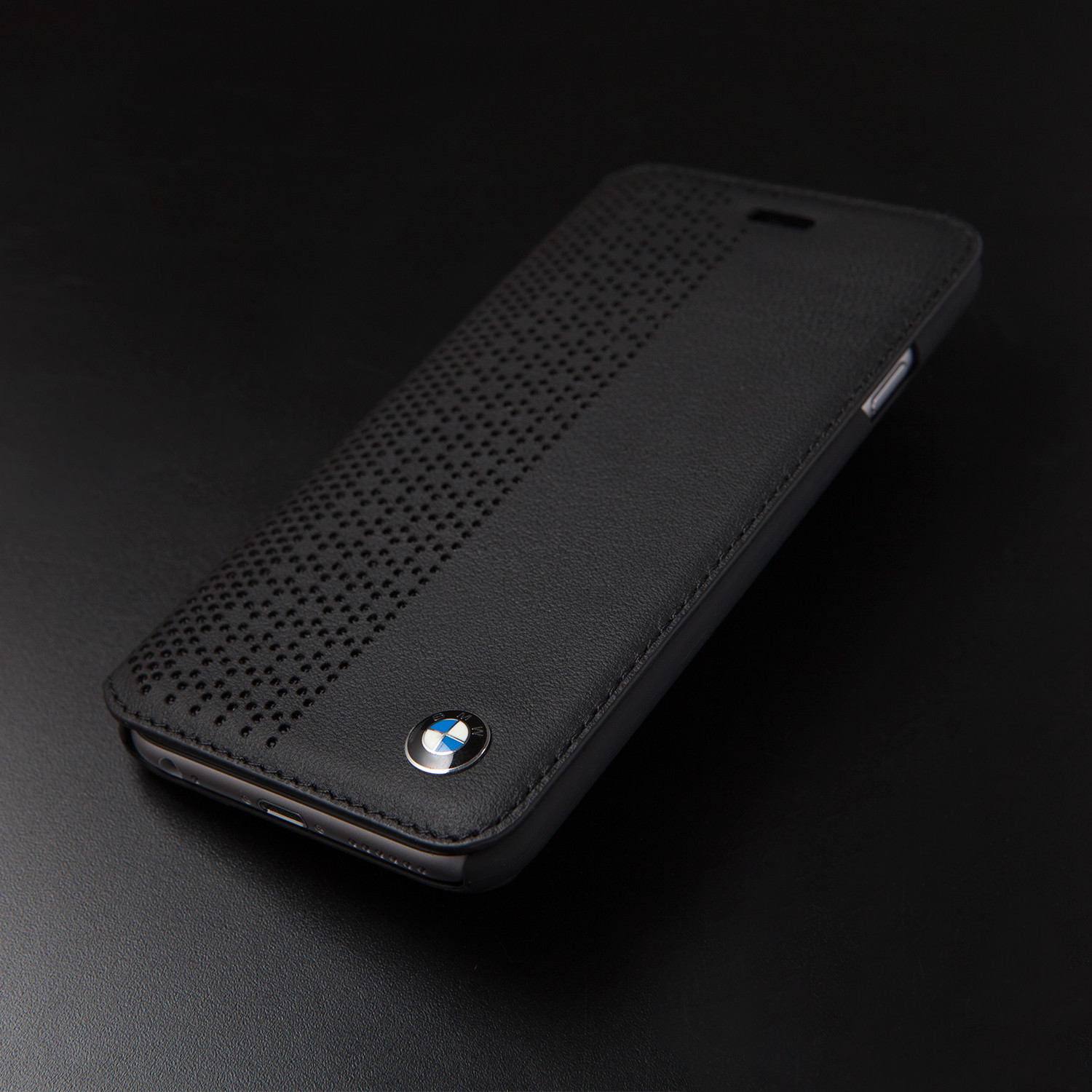 perforated leather booktype case iphone 6 bmw touch. Black Bedroom Furniture Sets. Home Design Ideas