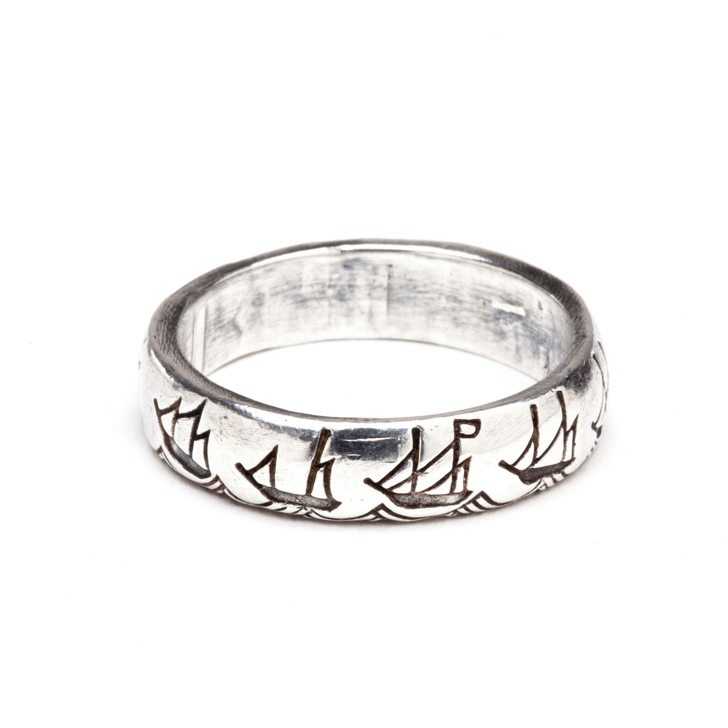 Battle Diagram Ring  Size 4  - Digby  U0026 Iona
