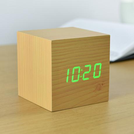 Cube Click Clock Green LED // Beech