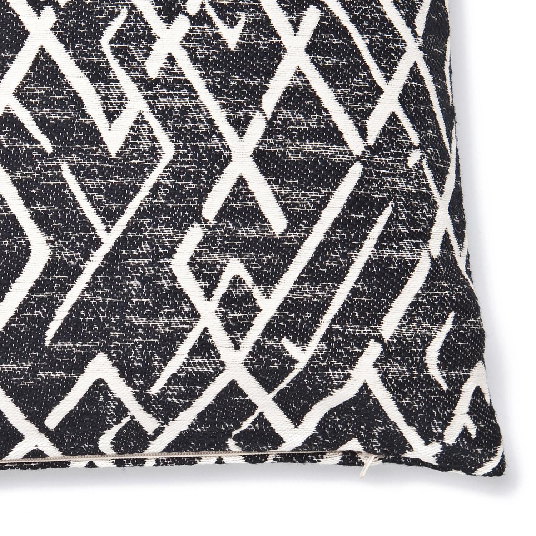 decorative cushion with zipper mali mali casa di bassi touch of modern. Black Bedroom Furniture Sets. Home Design Ideas