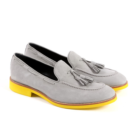 Leegloper // Light Grey + Yellow