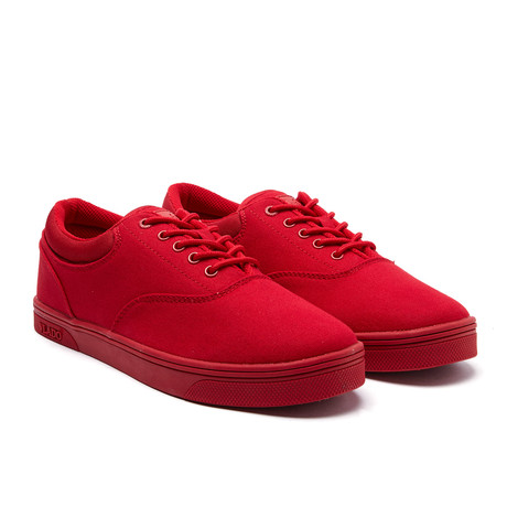 Milo Low // Red (US: 7)