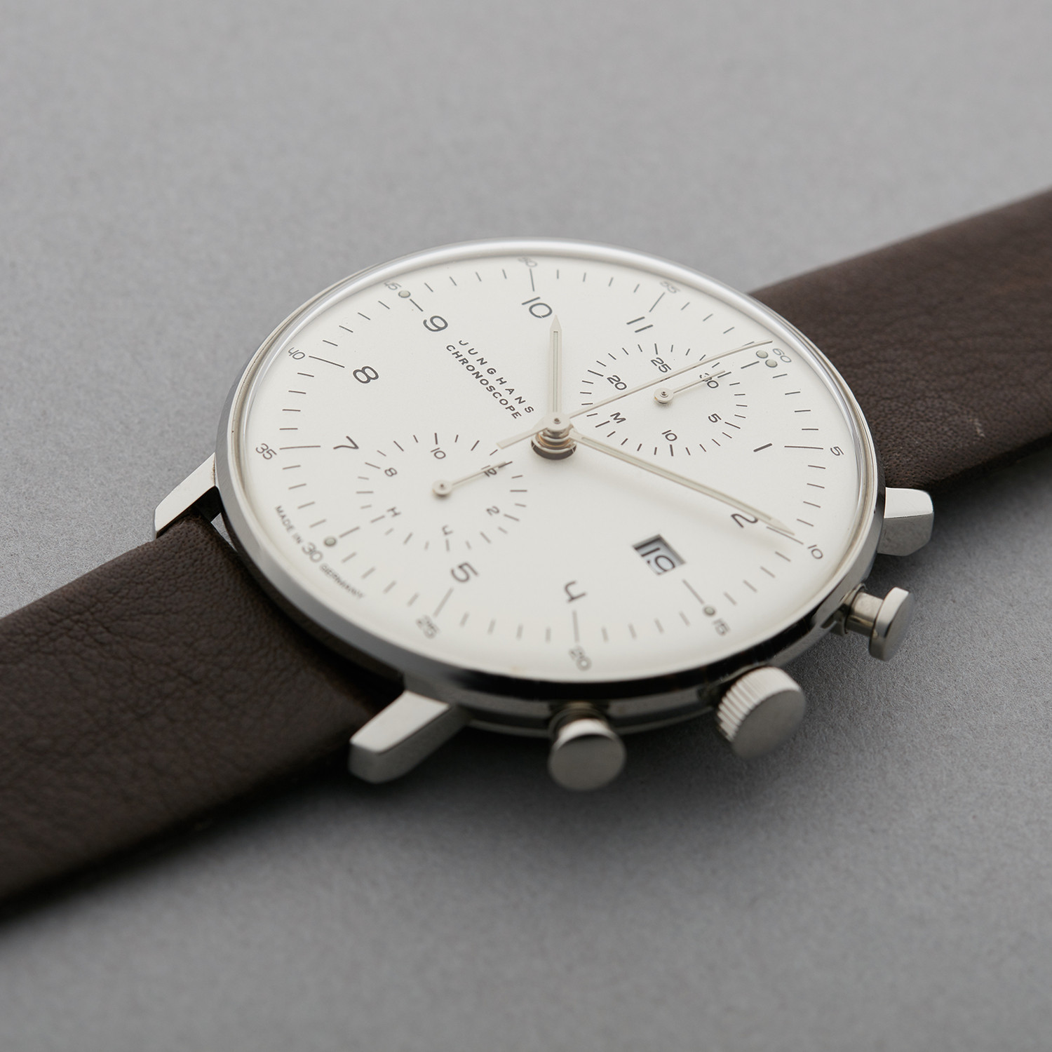 junghans max bill chronoscope the image. Black Bedroom Furniture Sets. Home Design Ideas
