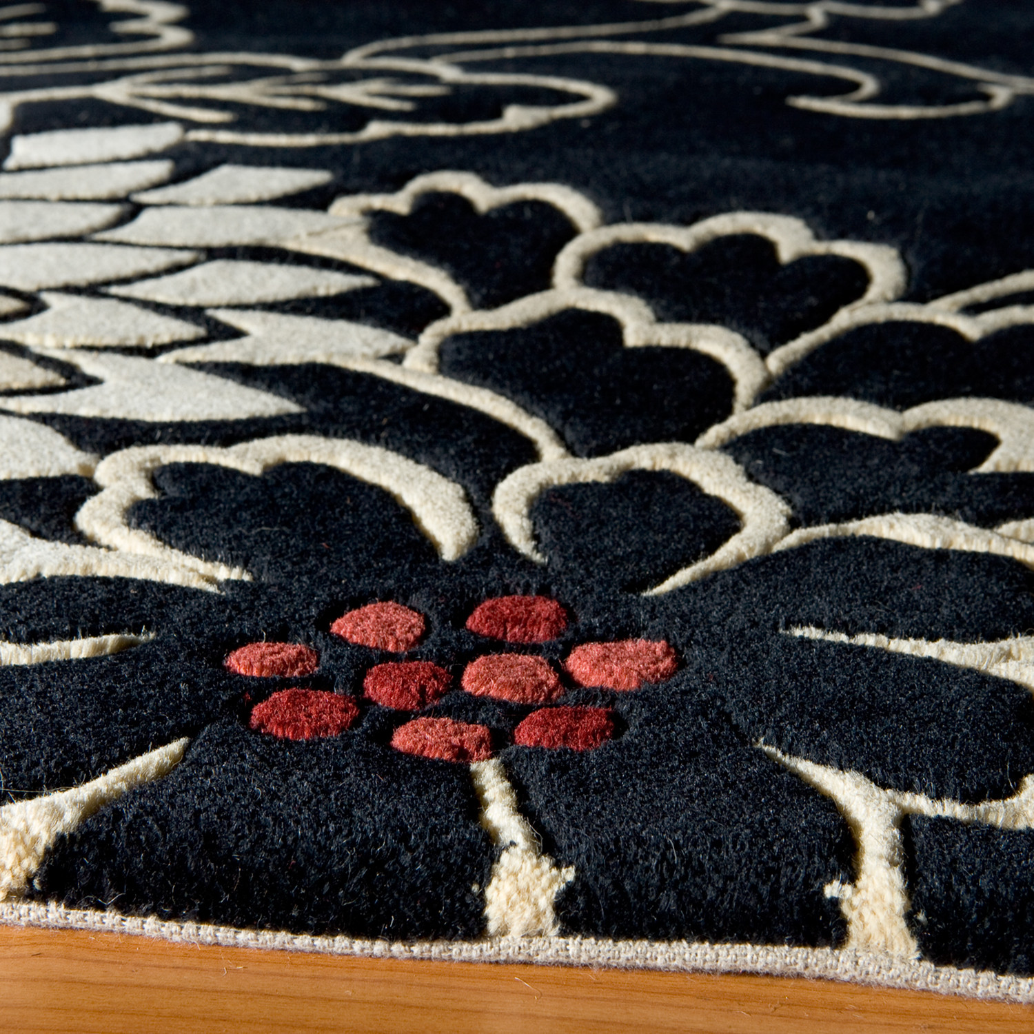 Chrysanthemum Rug Black Luxe Rugs Touch Of Modern