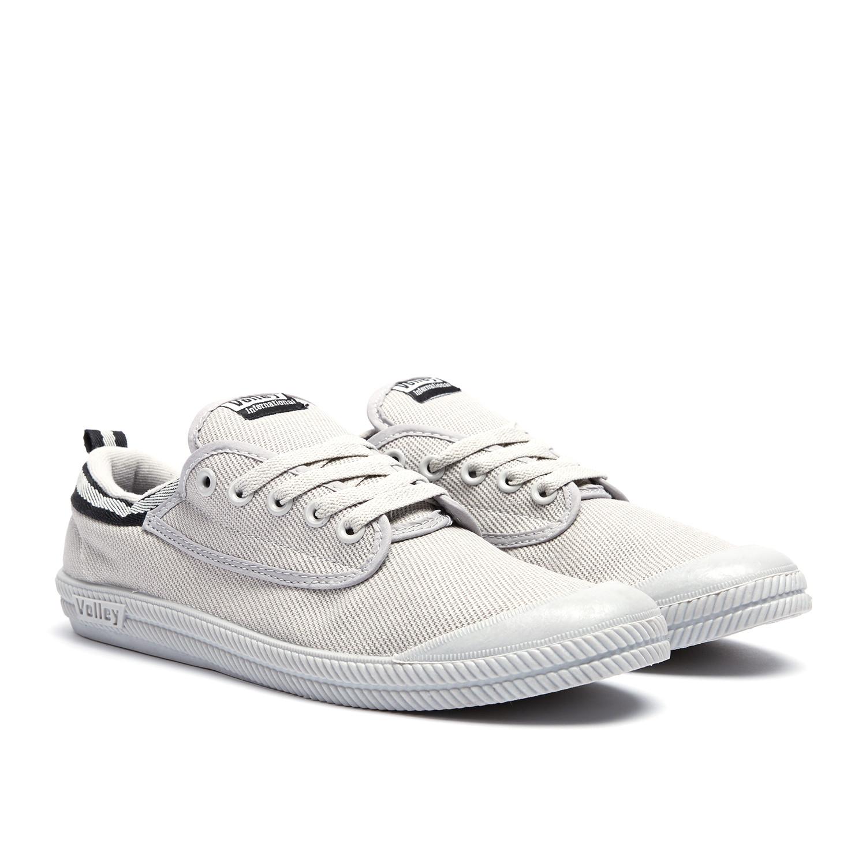 International Canvas Low Top Sneaker Grey + Black (US: 13