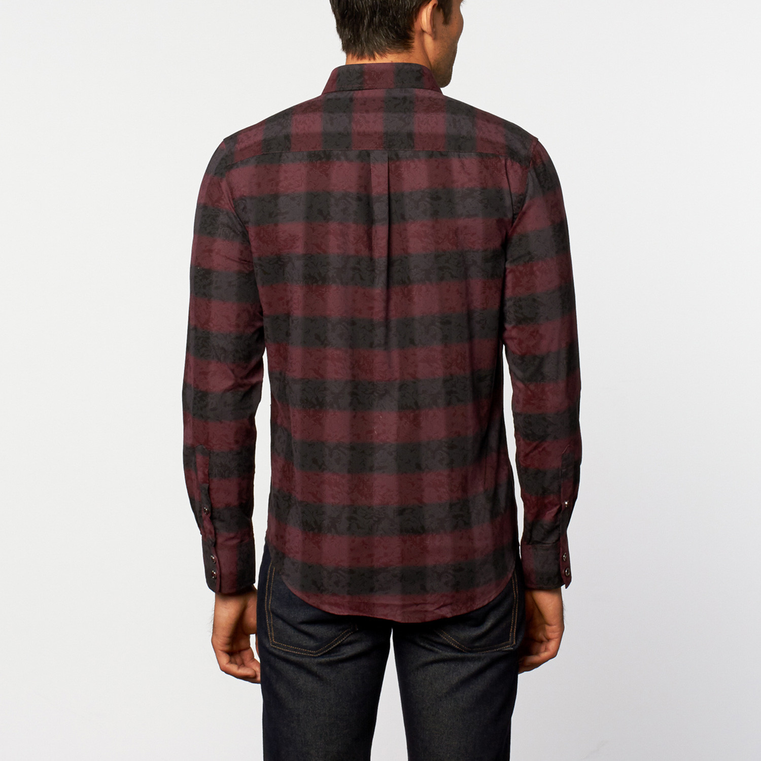 When it comes to women's button down shirts, maurices has the shirt for you. Choose from a wide assortment of denim shirts, flannel shirts and plaid shirts for a look that empowers style and fashion.