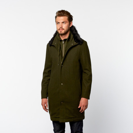 Standard Issue // Wol Long Coat // Militaire Groen