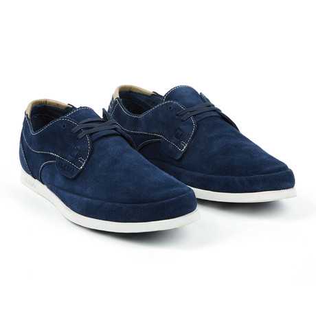 Valentino Low // Navy (US: 7)