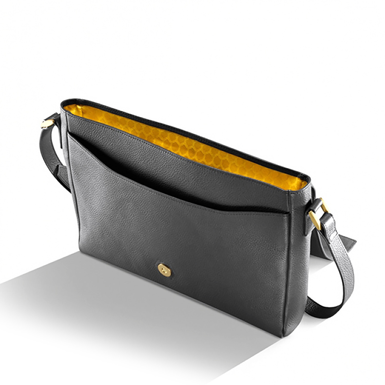 Hulme Leather Cross Body Bag // Black