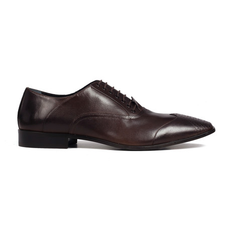 Perforated Toe Oxford // Chocolate
